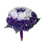 Vyšívaná svatební kytice růží
